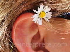 Boucles d'oreilles dans un reve en islam